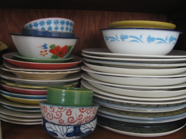 Adriennes blog 6 mismatched dishes pic & If I get married again I donu0027t want new dishes u2013 Grete DeAngelo